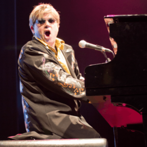 ELTON JOHN TRIBUTE & ROCKET BAND